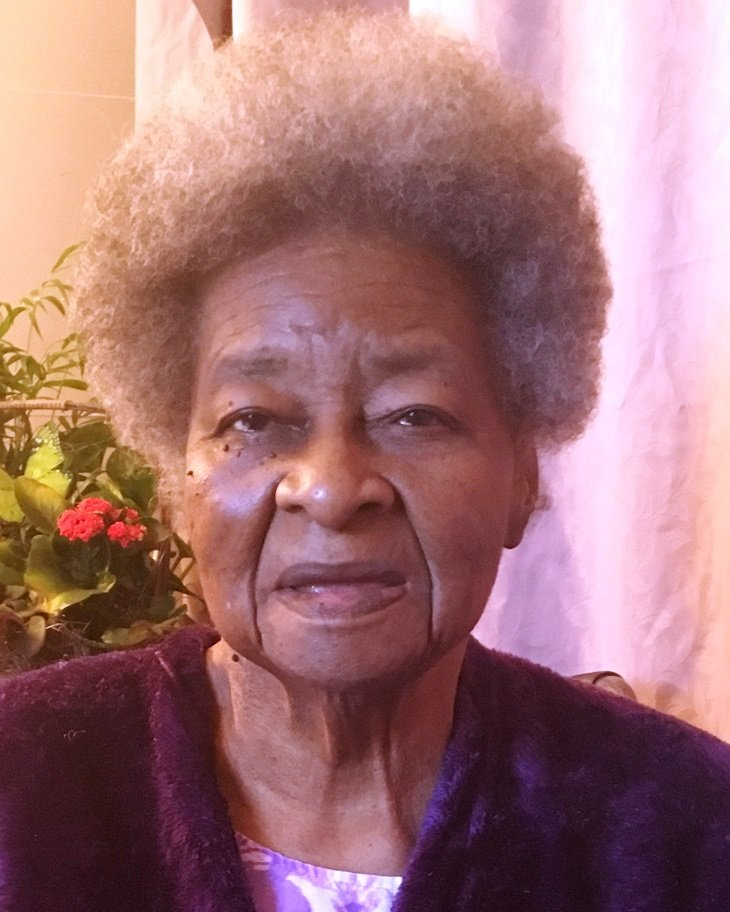 Obituary of Armentha Zodia Rodgers | Funeral Home